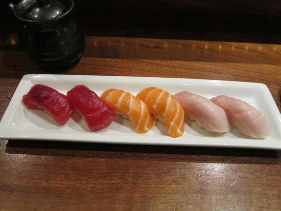 Sushi Roku : nigri; maguro, sake and hamachi