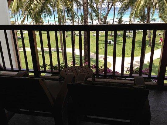 Katathani Phuket Beach Resort: 部屋から見た景色