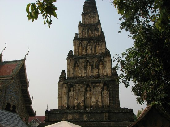 Wat Chamthewi Temple