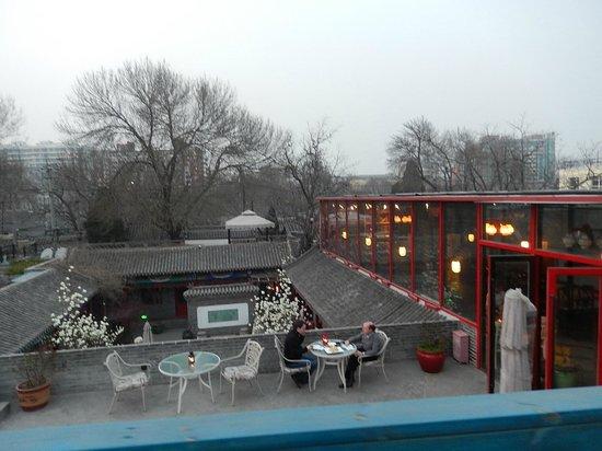 Hotel Cote Cour Beijing: La terrasse et son restaurant ouvert de 7h à 22h