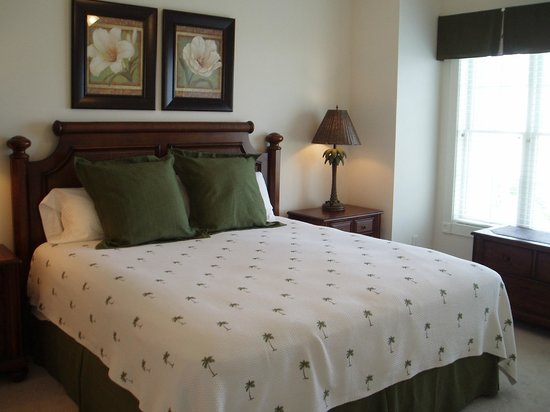 Myrtlewood Villas: master bedroom- great mattress