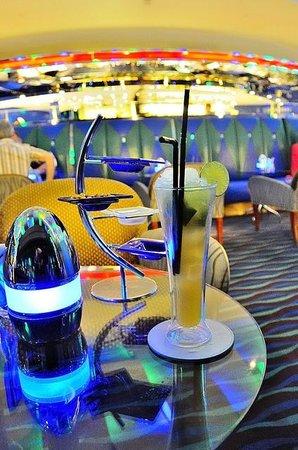 Skyview Bar : Sky view Bar (Burj Al Arab)