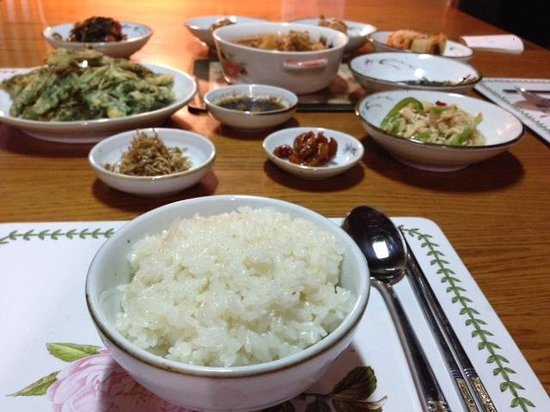 Ogamul Guesthouse: Simple dinner