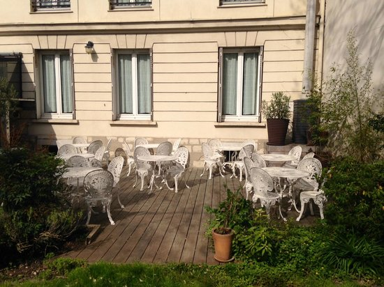 terrasse vue sur jardins photo de h tel des jardins vincennes tripadvisor. Black Bedroom Furniture Sets. Home Design Ideas