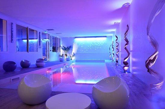 Grand Hotel Des Bains : piscine balnéothérapie