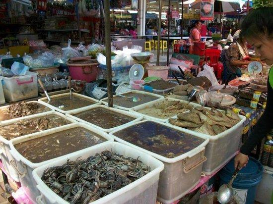 Sawasdee Hotel : Bang Lam Poo Market