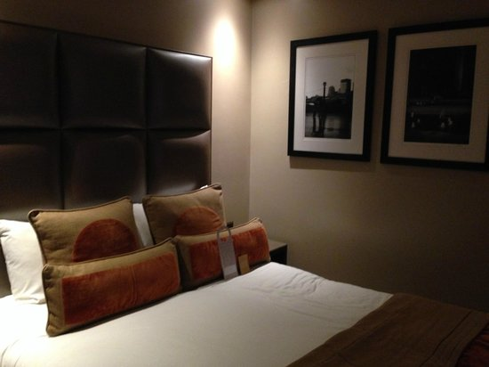Radisson Blu Edwardian Heathrow Hotel : Standard double room