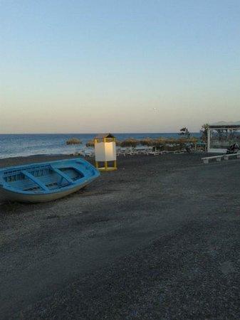 Alexandra Hotel: Kamari beach