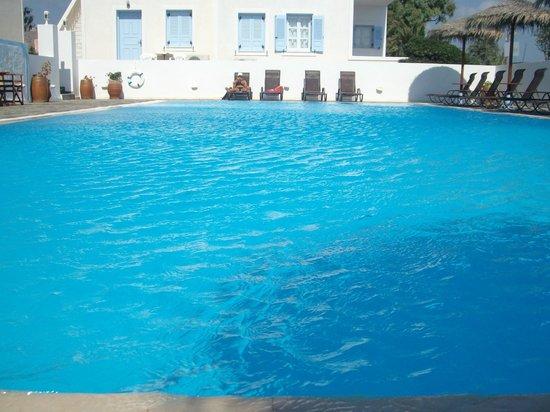 Alexandra Hotel: Lovely pool