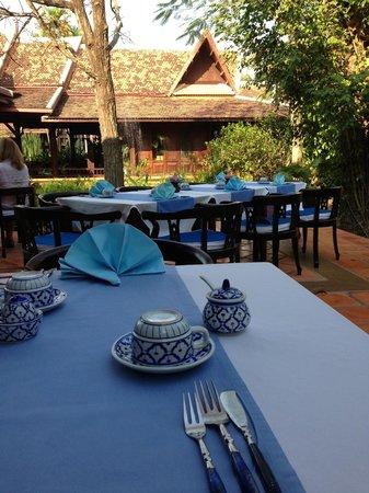 Angkor Village Resort : breakfast