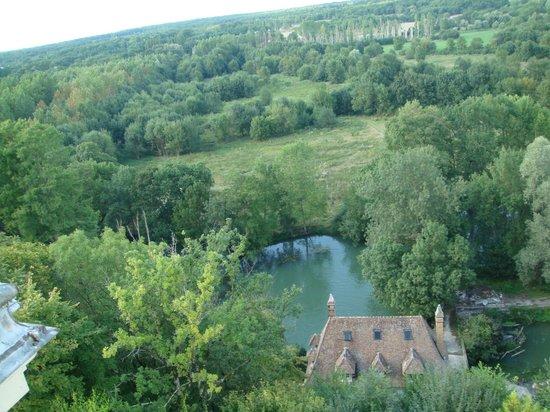 Chateau d'Artigny : вид на долину