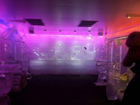 Bar Ice  Samui: Ice bar..very cool
