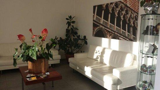 Hotel Paris: Lounge