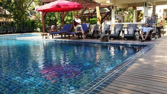 Lima Bella Resort : La piscine