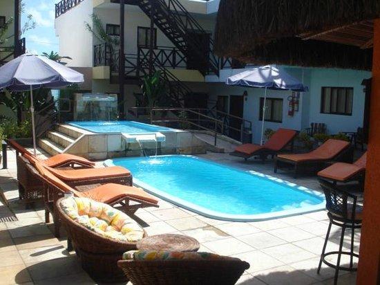 Serantes Apart Hotel: Piscina