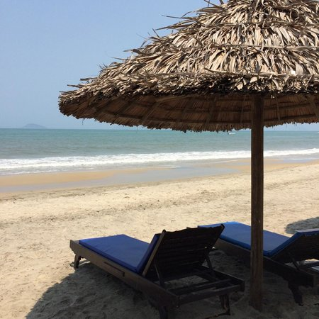 Hoi An Riverside Resort & Spa : Beach 1km away - towels provided