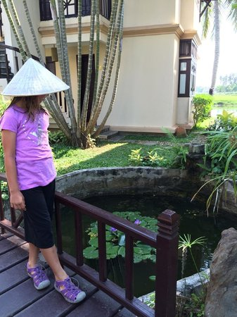 Hoi An Riverside Resort & Spa: Pretty hotel grounds