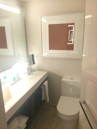 Conrad New York: Bathroom