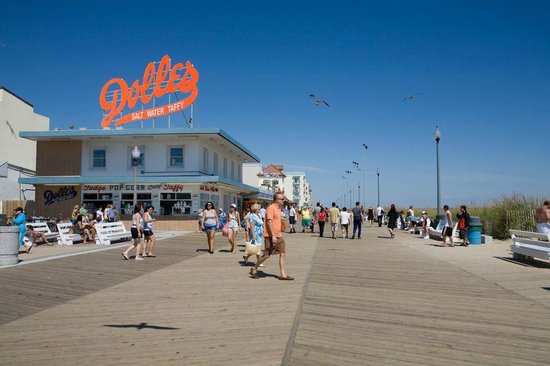 Rehoboth Beach Boardwalk And The Famous Dolles Picture Of Dewey