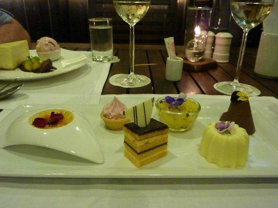 The Sire Museum Restaurant: Beautiful deserts
