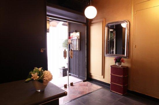 Hotel Le Blason : RECEPTION