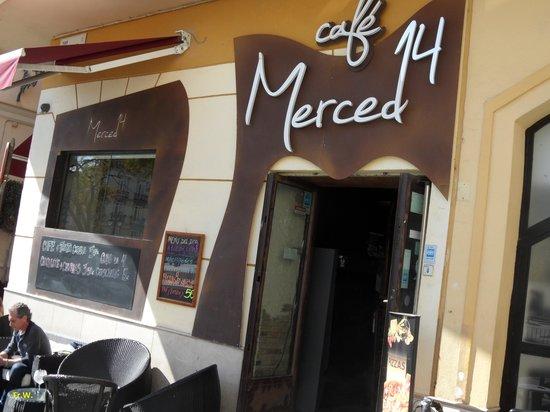 Plaza de la Merced: Cafe 14 Merced .