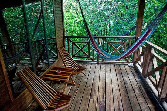 Hamanasi Adventure and Dive Resort: Porch of our treehouse
