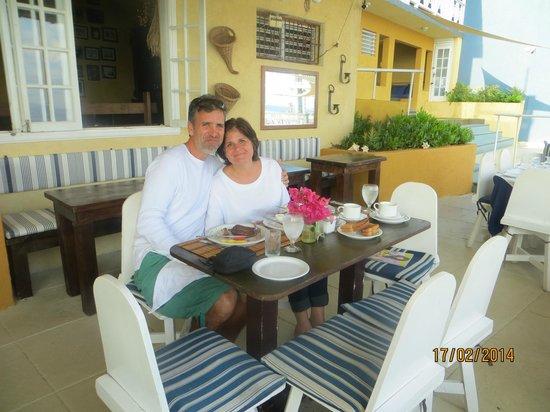 Moxons Beach Club : Early morning breakfast