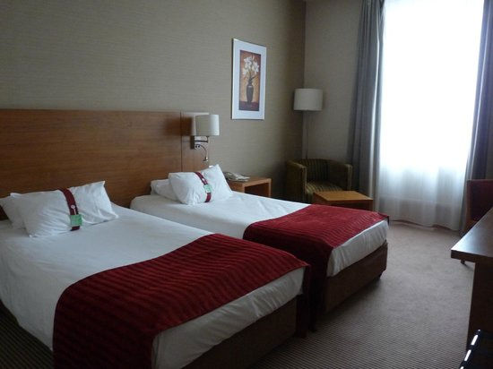 Holiday Inn Moscow Suschevsky: Chambre confortable