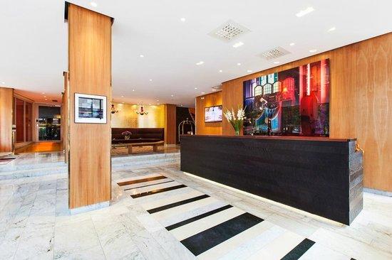 Receptionen på Elite Eden Park Hotel