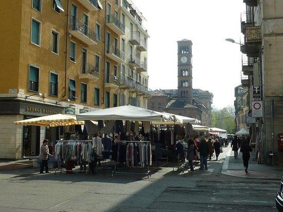 Mercato della Crocetta: Torino: Italia: via Marco Polo - Picture of ...