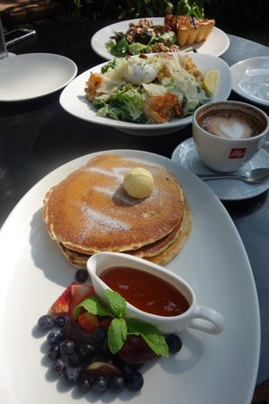 PS Cafe: Sunday Blunch
