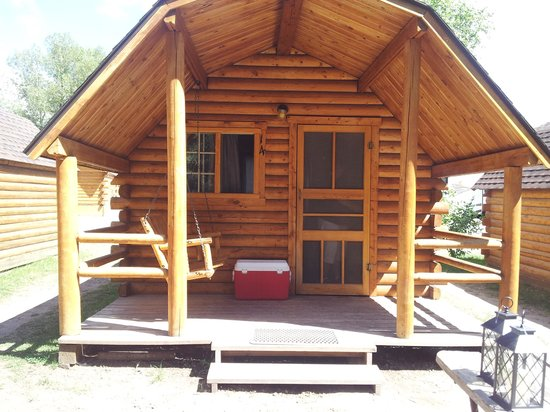 Snake River Park KOA and Cabin Village: cozy cabin