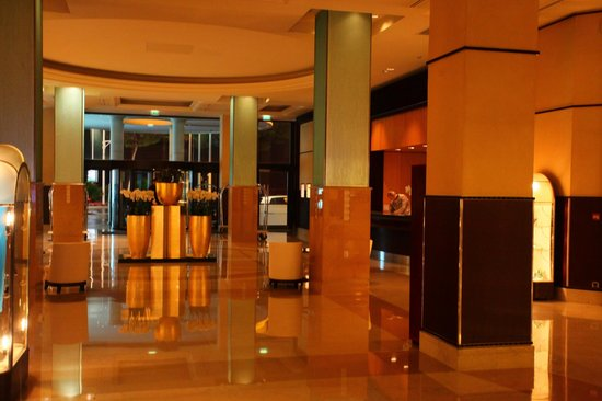 Grand Hyatt Cannes Hôtel Martinez : Lobby