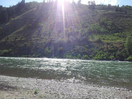 Snake River Park KOA and Cabin Village : Snake River