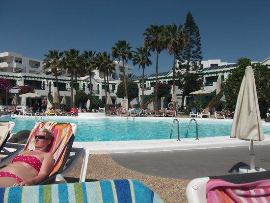 Lomo Blanco Apartments : Pool