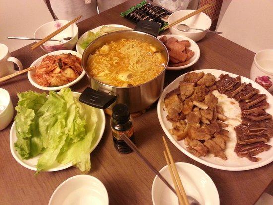 Jejueco Suites: Prepare our own dinner :)