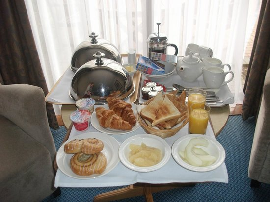 Park Farm Hotel: Huge breakfast!