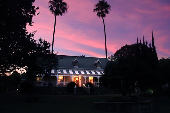 De Oude Pastorie Guesthouse: De Oude Pastorie-Night time