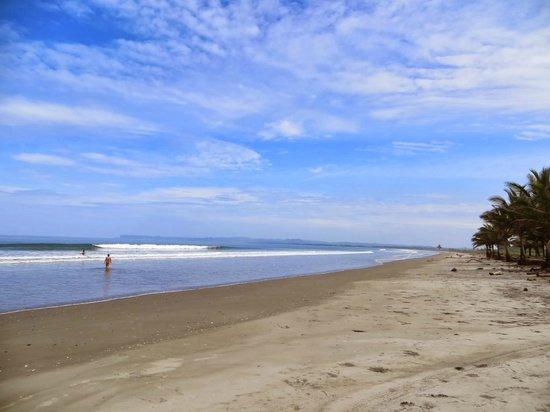 Cabanas del Mar: Disfrutando de la playa