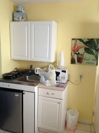 Sun Burst Inn: kitchenette