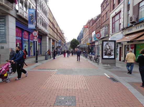 PREMIER SUITES PLUS Dublin Leeson Street: grafton street