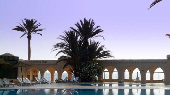 Zita Beach Resort: Vue vers la mer