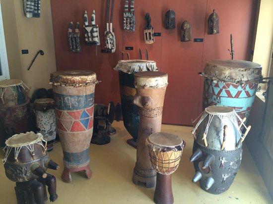 Kura Hulanda Museum : Drums