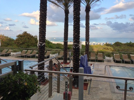 Marriott Stanton South Beach: Beautiful Pools and Hot Tub