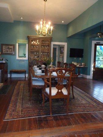 Green House Inn: Dining Room