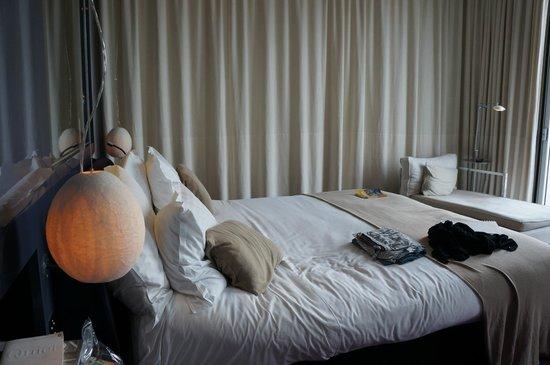 Melia Barcelona Sky : Bedroom
