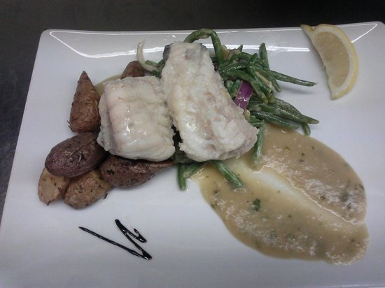 McCurdy's Restaurant & Deck on Moonlight Bay: Poached Monkfish