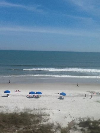 Hampton Inn Jacksonville Beach/Oceanfront: the view from my room