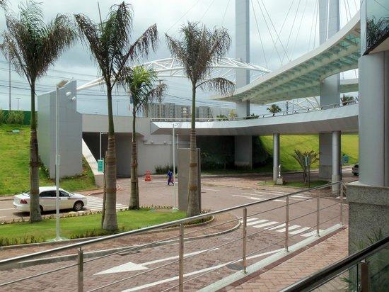 Novotel Salvador Hangar Aero : area externa
